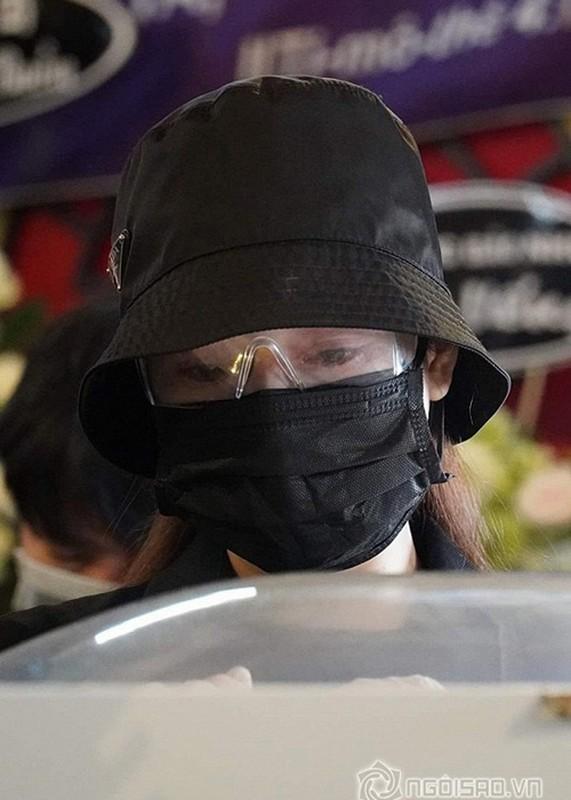 Roi nuoc mat con gai Mai Phuong hoi bao gio me ve trong tang le-Hinh-7