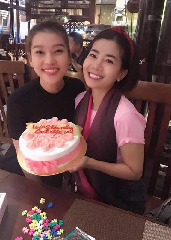 Chan dung nguoi cung Mai Phuong di qua sinh tu, song tron ven nghia tinh-Hinh-13