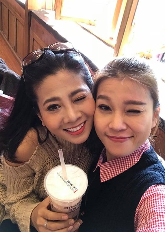 Chan dung nguoi cung Mai Phuong di qua sinh tu, song tron ven nghia tinh-Hinh-7