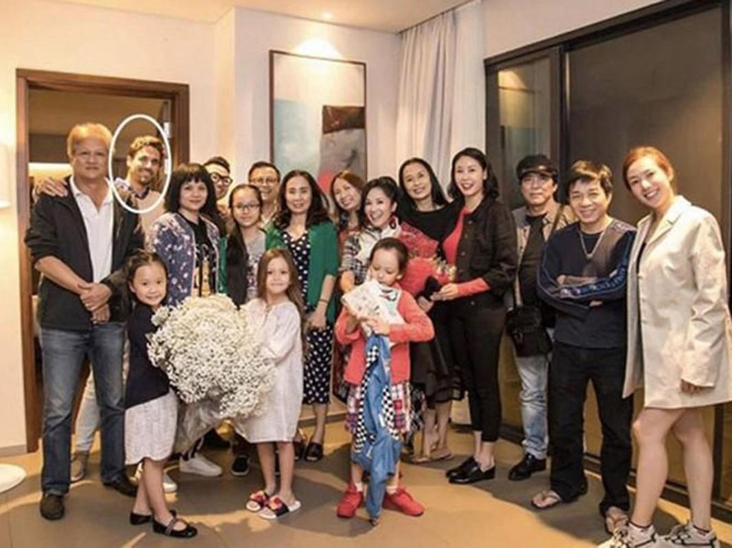 Hong Nhung co ban trai, cuoc song thay doi the nao hau ly hon?-Hinh-5