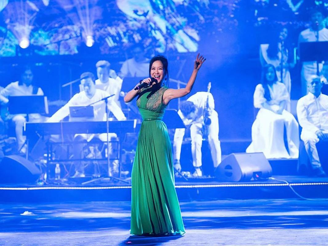 Hong Nhung co ban trai, cuoc song thay doi the nao hau ly hon?-Hinh-6