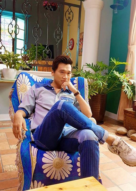 """Soi tinh duyen """"chang trai vang trong lang tan gai tren phim"""" Xuan Nghi-Hinh-15"""