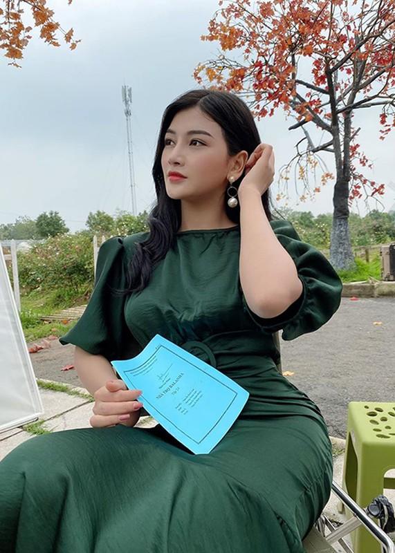 """Nhan sac goi cam cua Kieu Yen Ngoc dong """"Nha tro Balanha""""-Hinh-2"""