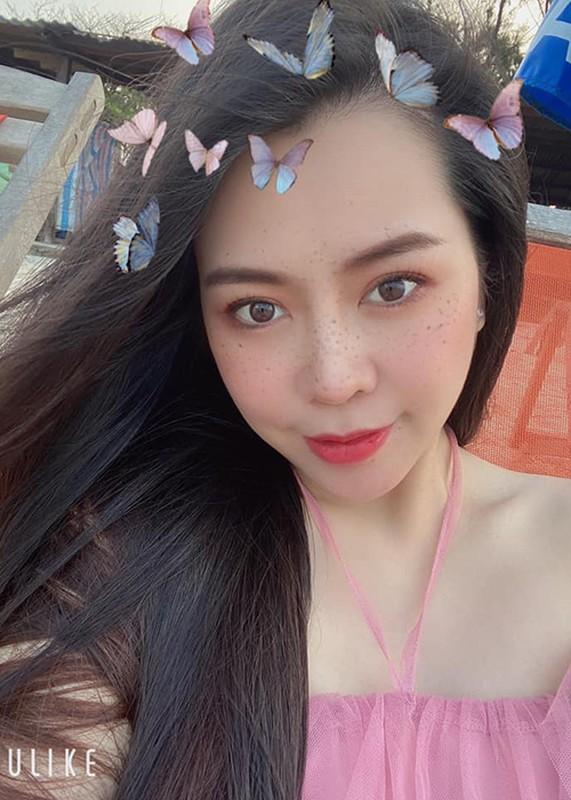 "Nhan sac xinh dep vo Anh Tai dong cau chu dien trai trong ""Luat troi""-Hinh-11"