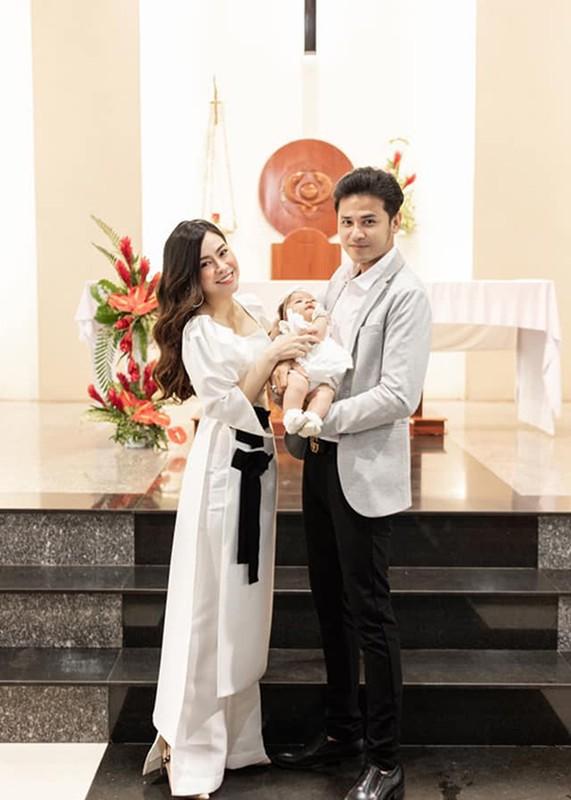 "Nhan sac xinh dep vo Anh Tai dong cau chu dien trai trong ""Luat troi""-Hinh-12"