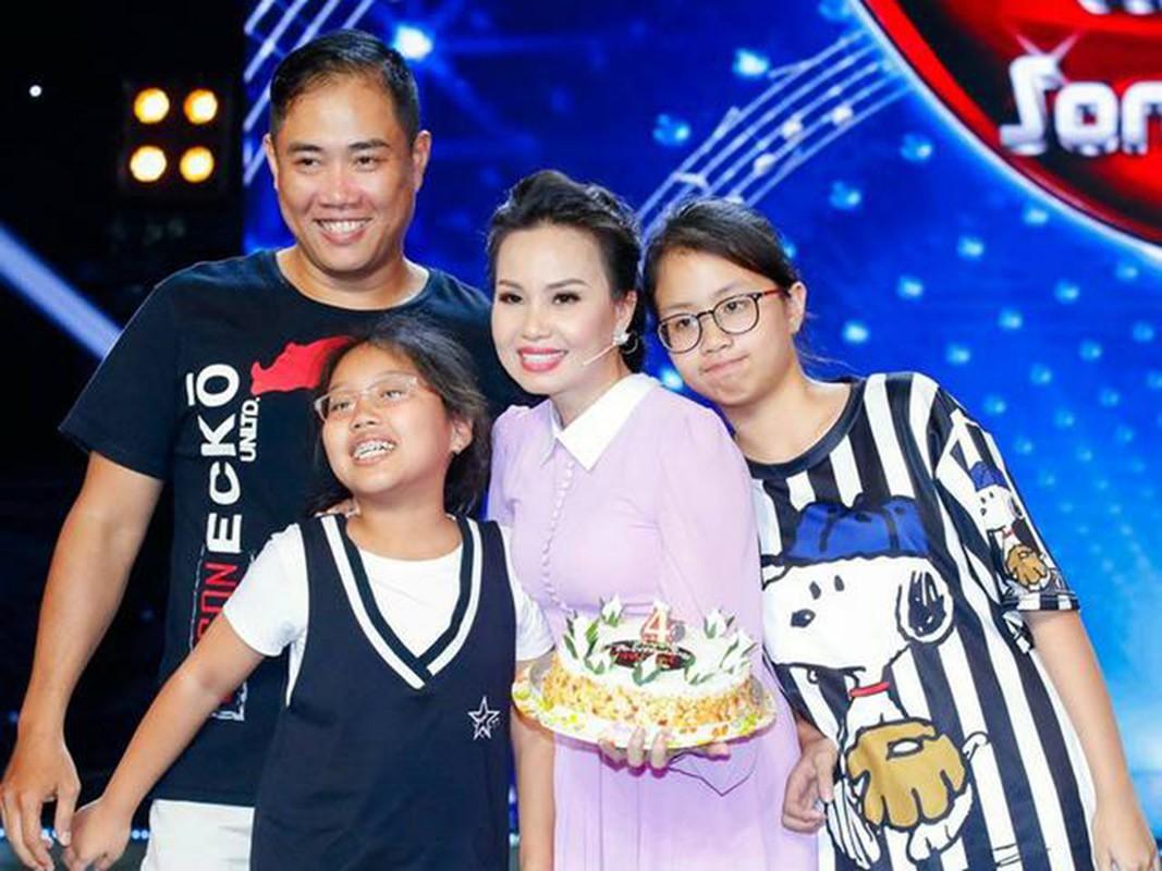 Ba chi em gai Cam Ly: Xinh dep, giau co, hon nhan vien man-Hinh-4
