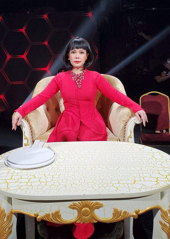 Viet Huong noi tieng the nao ma van bi che khong xung lam giam khao?-Hinh-11