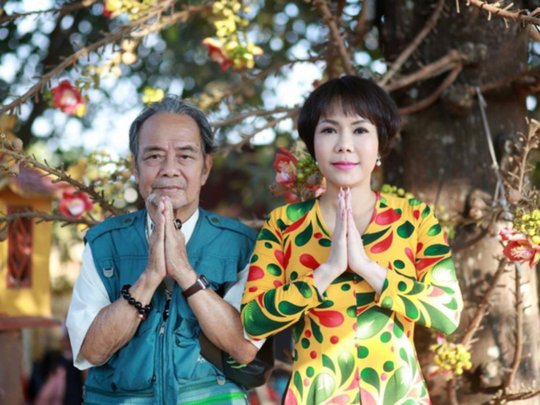 Viet Huong noi tieng the nao ma van bi che khong xung lam giam khao?-Hinh-2