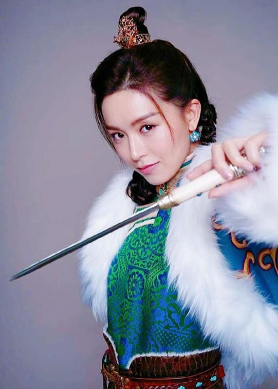 "Do sac ""Trieu Man"" - ""Chu Chi Nhuoc"" phim ""Y thien do long ky 2020""-Hinh-7"