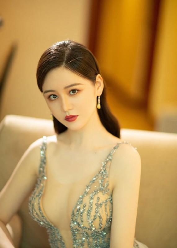 "Do sac ""Trieu Man"" - ""Chu Chi Nhuoc"" phim ""Y thien do long ky 2020""-Hinh-9"