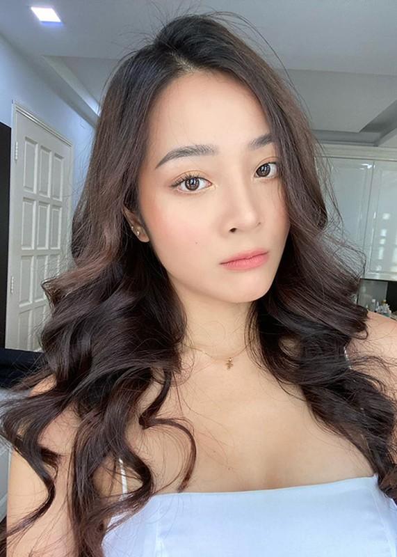 Nhan sac 9x dong nguoi tinh vua Bao Dai trong MV cua Hoa Minzy-Hinh-8