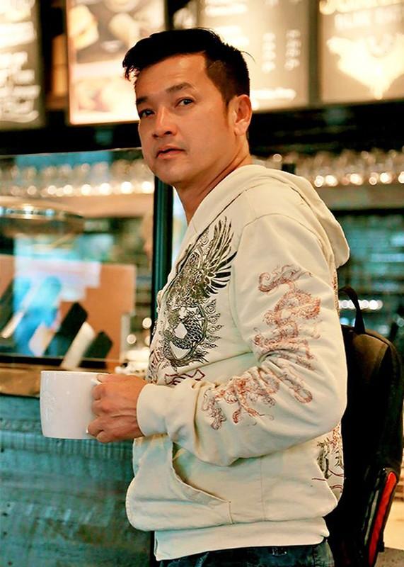 Cuoc song cua Quang Minh - Hong Dao ra sao hau ly hon?-Hinh-13