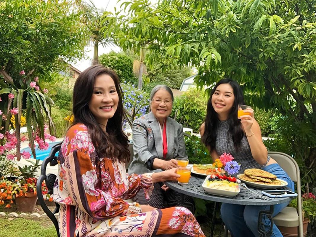 Cuoc song cua Quang Minh - Hong Dao ra sao hau ly hon?-Hinh-7