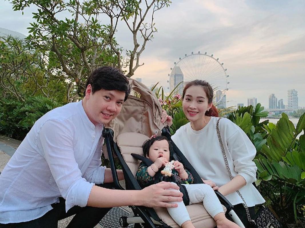 To am hanh phuc cua 2 hoa hau trung ten Dang Thu Thao-Hinh-3
