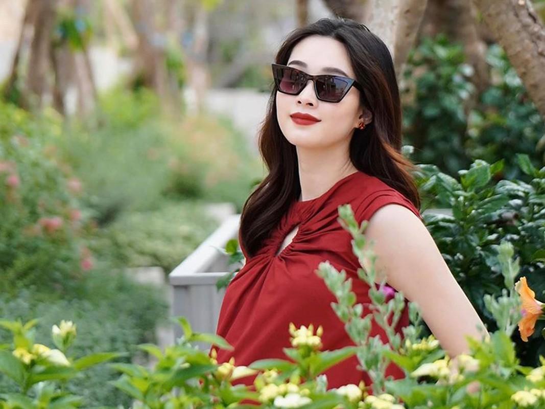 To am hanh phuc cua 2 hoa hau trung ten Dang Thu Thao-Hinh-8