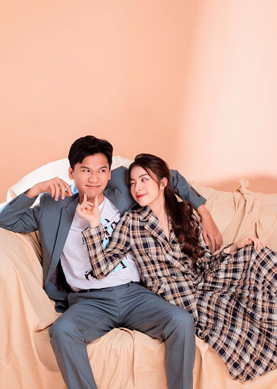 """Loat anh tinh tu cua Xuan Nghi va hot girl """"Nha tro Balanha""""-Hinh-4"""