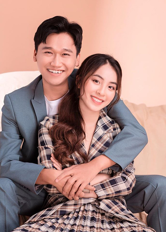 """Loat anh tinh tu cua Xuan Nghi va hot girl """"Nha tro Balanha""""-Hinh-5"""
