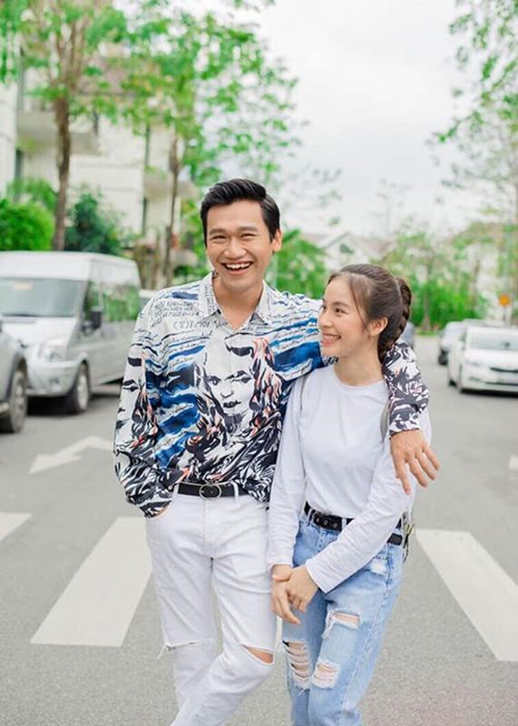 """Loat anh tinh tu cua Xuan Nghi va hot girl """"Nha tro Balanha""""-Hinh-8"""