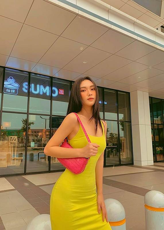 Ve goi cam cua chan dai dong canh nong trong MV cua Khac Viet-Hinh-5
