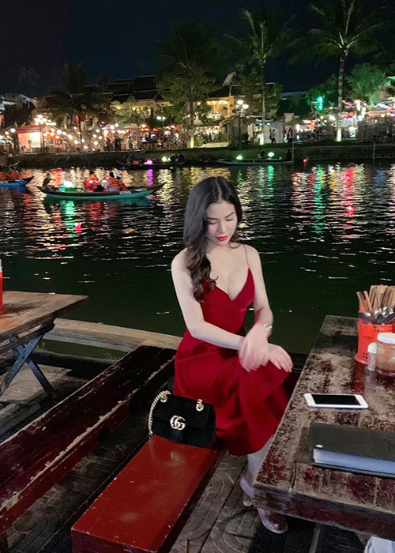 Vo cu Viet Anh ngay cang nuot na hau ly hon-Hinh-7