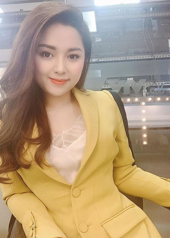Hanh trinh lac quan chong choi benh ung thu cua MC Dieu Linh-Hinh-10