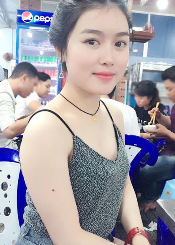 Nhan sac vo xinh dep kem 12 tuoi cua Lam Chan Huy-Hinh-3