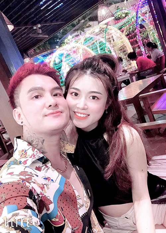 Nhan sac vo xinh dep kem 12 tuoi cua Lam Chan Huy