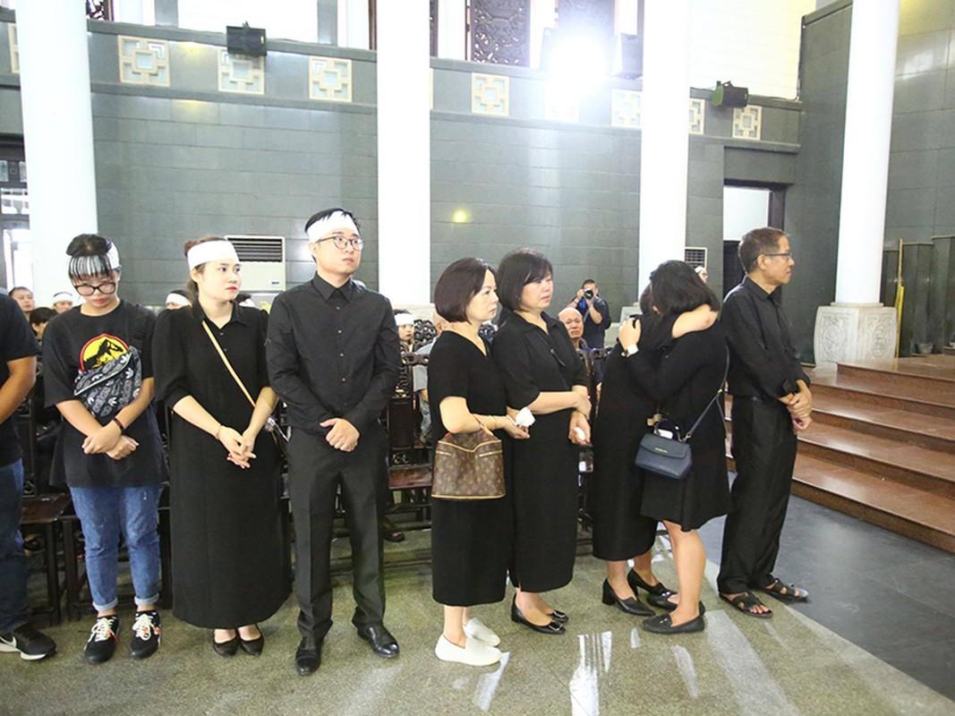 Gia dinh, dong nghiep dau xot tien dua MC Dieu Linh-Hinh-3