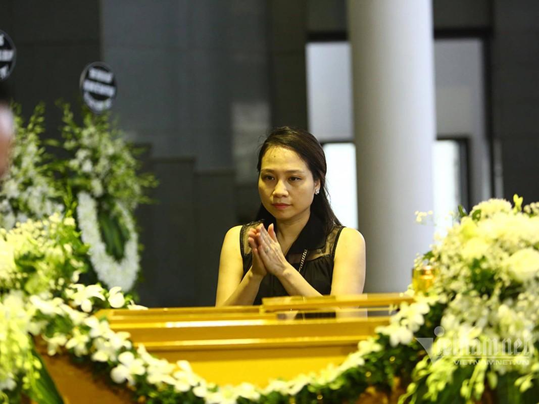 Gia dinh, dong nghiep dau xot tien dua MC Dieu Linh-Hinh-9