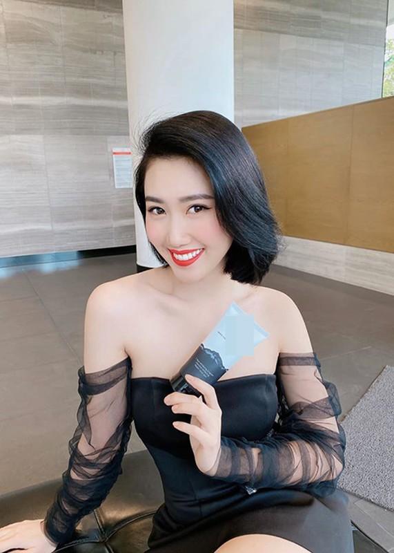 """Do ve goi cam cua Thuy Ngan - Thuy Trang """"Gao nep gao te 2""""-Hinh-14"""