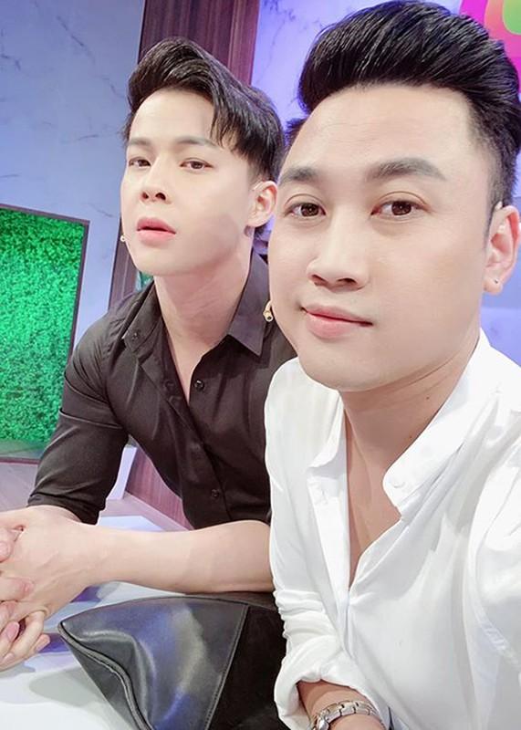 Chan dung hot boy yeu Don Nguyen 8 nam qua