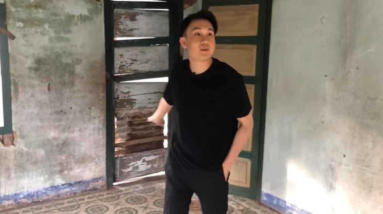 He lo ngoi nha gan lien tuoi tho cua danh hai Hoai Linh tai Cam Ranh