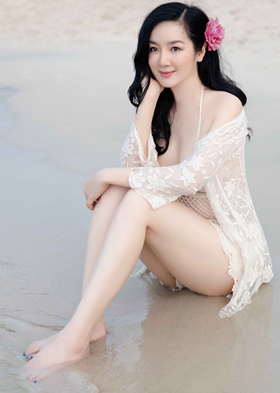 Hoa hau Giang My dien bikini khoe body nuot na o tuoi 49-Hinh-5