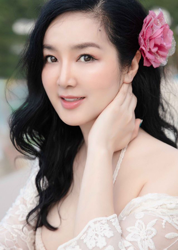 Hoa hau Giang My dien bikini khoe body nuot na o tuoi 49-Hinh-6
