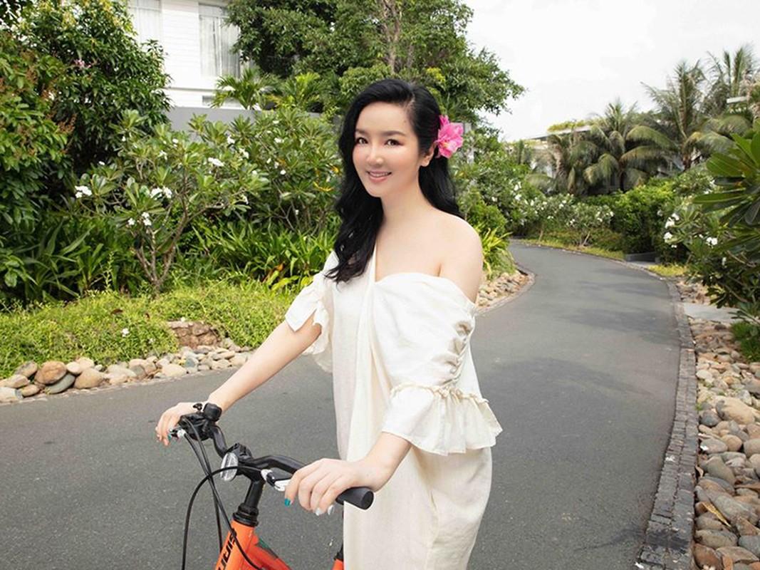 Hoa hau Giang My dien bikini khoe body nuot na o tuoi 49-Hinh-8