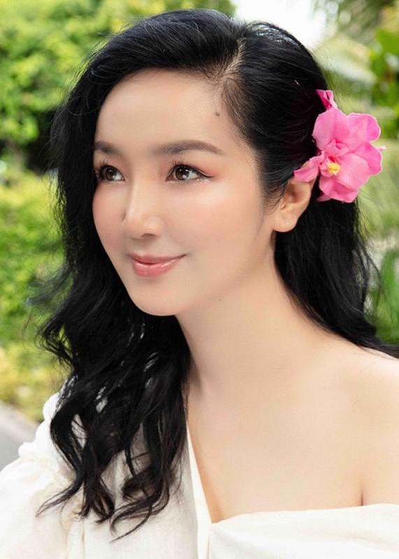 Hoa hau Giang My dien bikini khoe body nuot na o tuoi 49-Hinh-9