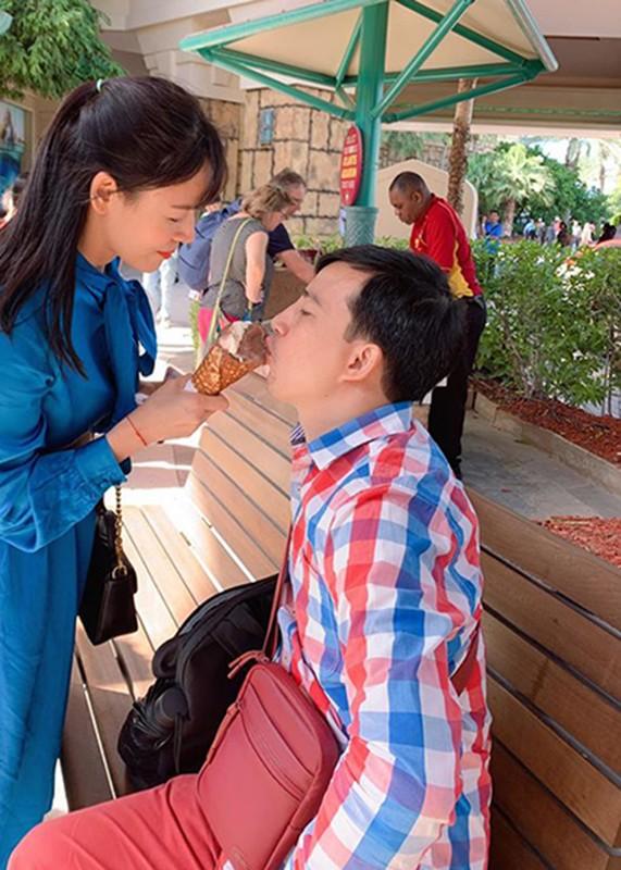"""Soi hon nhan hanh phuc cua Diem Huong """"Tinh yeu va tham vong""""-Hinh-9"""