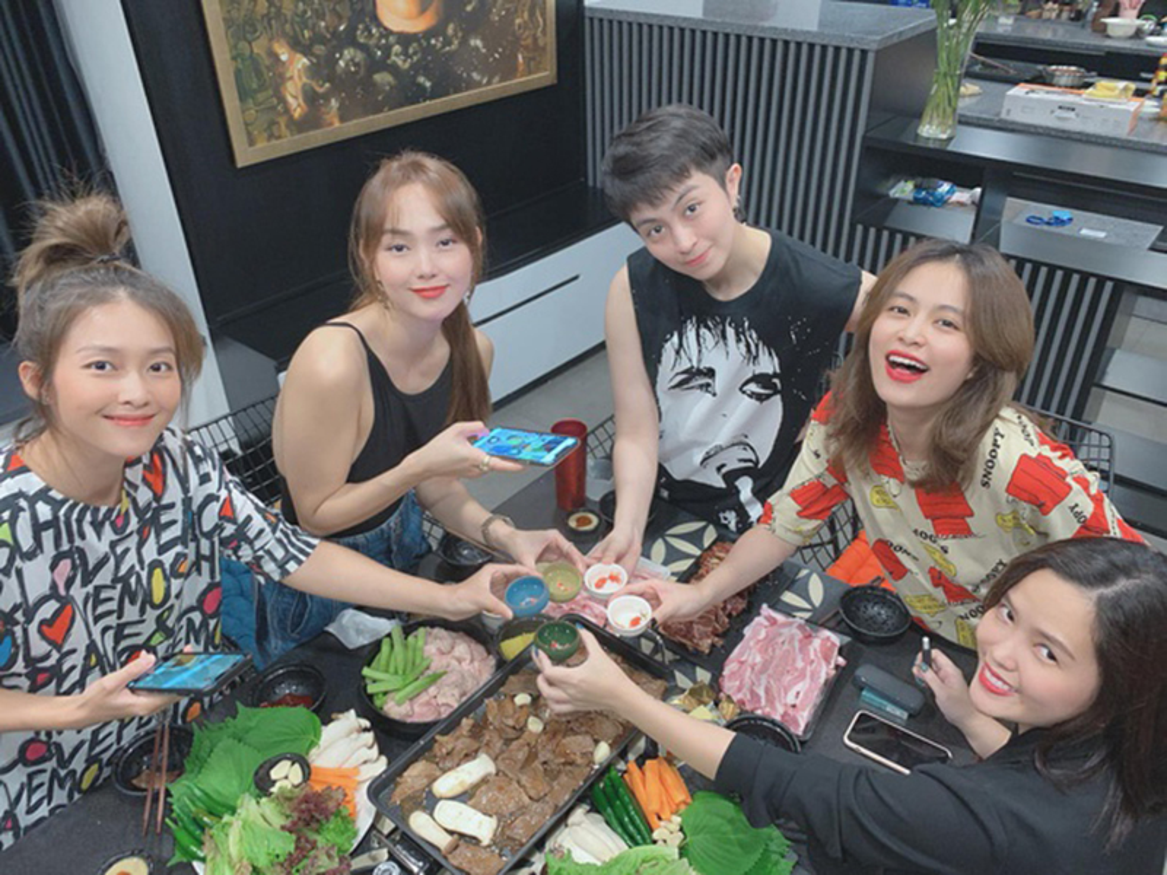 Hoang Thuy Linh - Gil Le ngay cang dinh nhu sam-Hinh-2