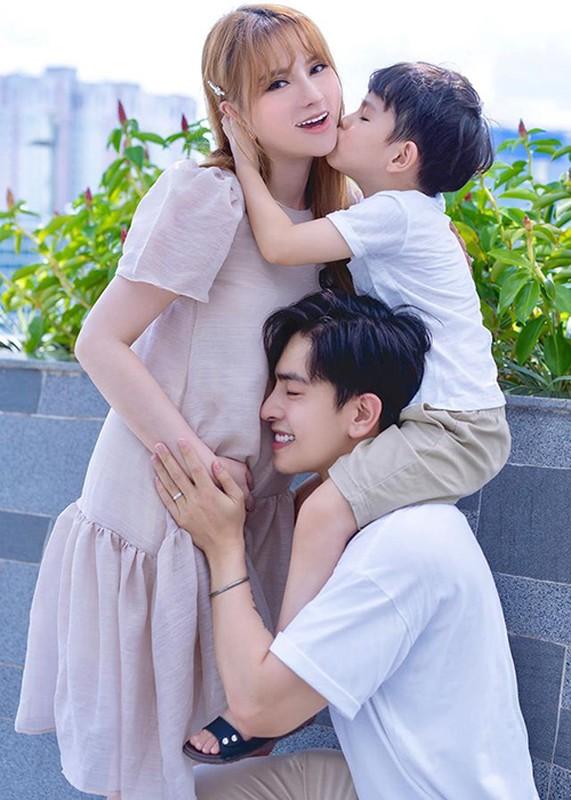 Khong chi Hoai Lam, nhieu cap doi Vbiz chia tay khien fan tiec nuoi-Hinh-12