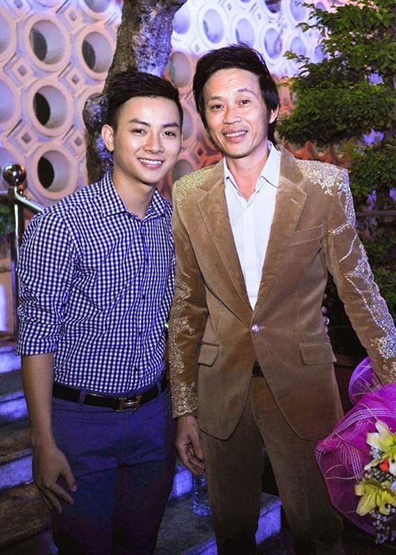 Dan con nuoi cua Hoai Linh: Nguoi chim nghim, ke lao doc tham hai