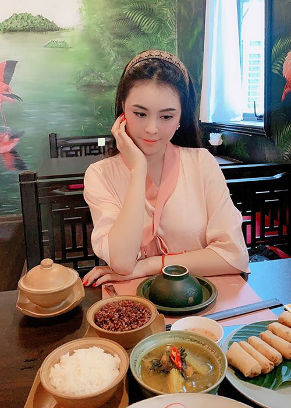 Sau nghi van ban dam nghin USD, Thu Dung gio ra sao?-Hinh-5