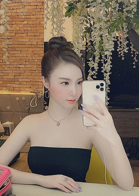 Chan dung co gai duoc Tuan Hung doc long giup noi tieng-Hinh-15