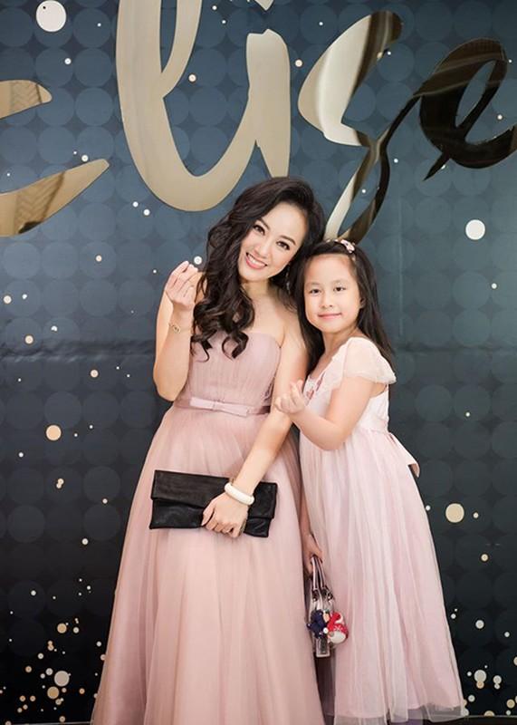 Phat ghen to am hanh phuc cua BTV Hoai Anh ben chong doanh nhan-Hinh-12