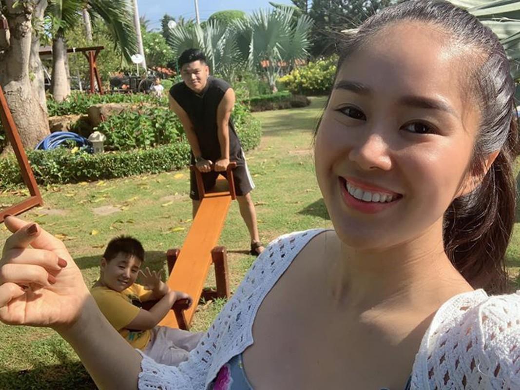 Vo cu Quach Ngoc Ngoan ngay cang hanh phuc ben chong tre-Hinh-7