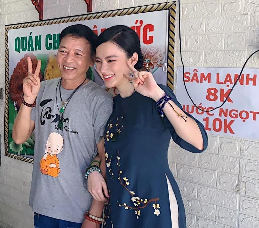 Angela Phuong Trinh bat ngo lam phuc vu quan an-Hinh-3