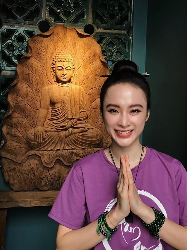 Angela Phuong Trinh bat ngo lam phuc vu quan an-Hinh-4