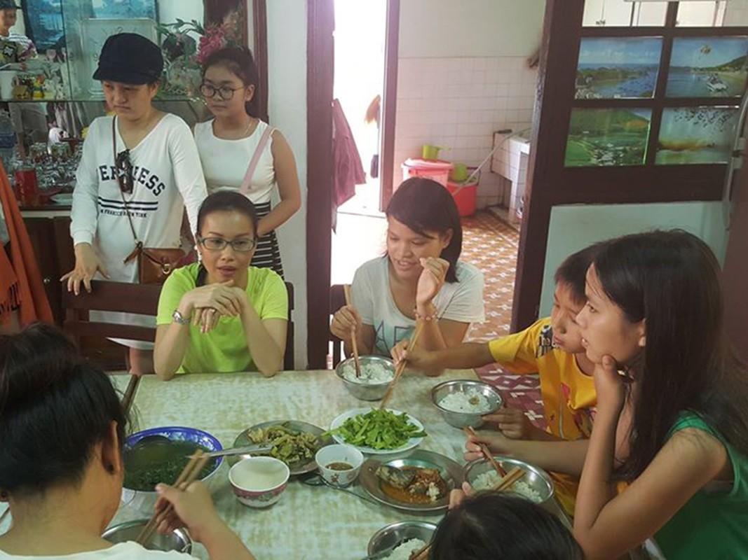 Cuoc song gian di den kho tin cua Cam Ly-Hinh-10
