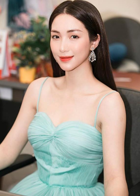 Nhan sac ngay cang thang hang cua Hoa Minzy-Hinh-4