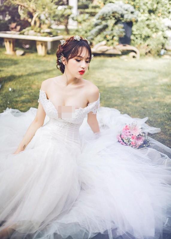Huong Giang Idol nu tinh, dep me hoac khi mac vay cuoi-Hinh-2