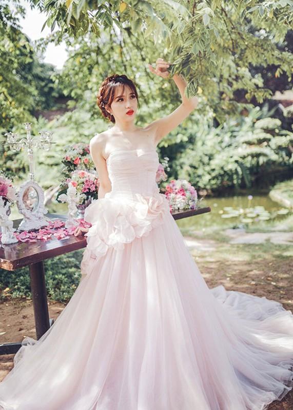Huong Giang Idol nu tinh, dep me hoac khi mac vay cuoi-Hinh-4